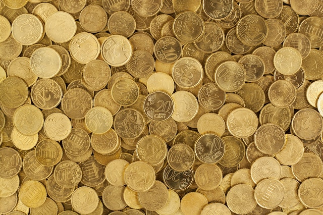 pile of gold round coins 106152 - Cash Grants for Japanese Businesses